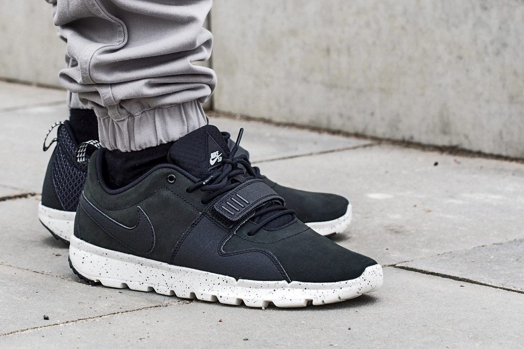 educador Entrada Cardenal  Nike SB Trainerendor Black | Next shoes, Nike sb, Nike