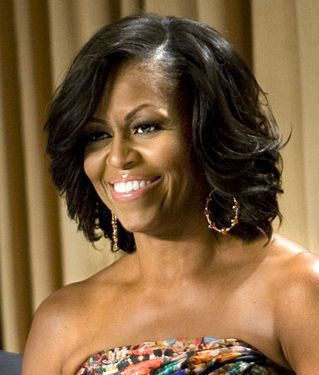 Hot Hair Moms With Fabulous Manes Essence In 2020 Michelle Obama Hairstyles Hair Styles Long Hair Care