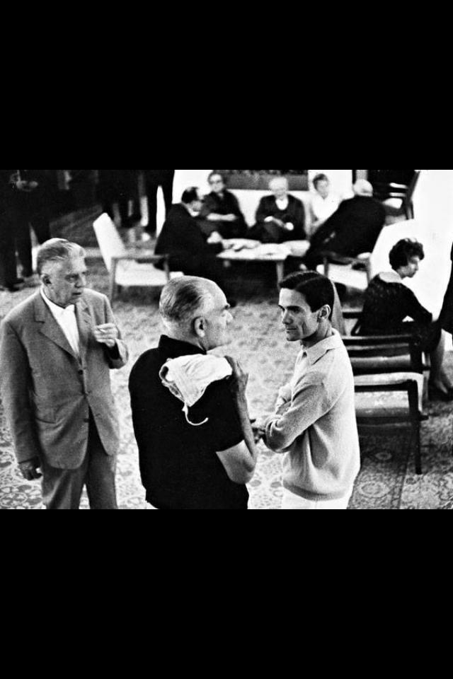 Montale, Moravia, Pasolini e Ungaretti. Poesia italiana!