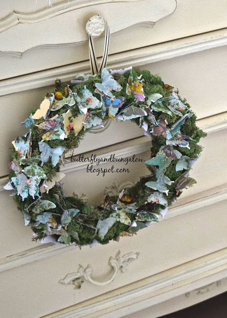 butterfly 8)(8 bungalow: Butterfly Wreath