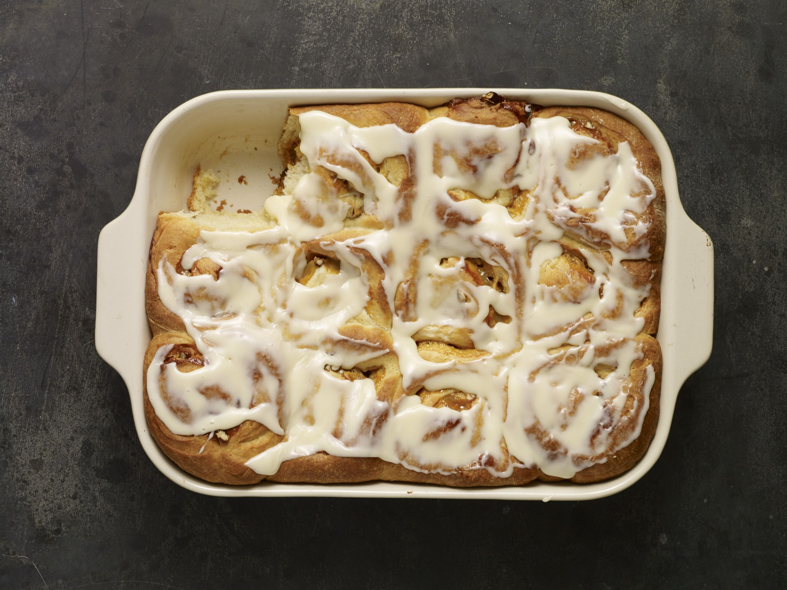 Dulce de leche pecan cinnamon rolls saw this on create cooking saw this on create cooking channel patis mexican table forumfinder Image collections