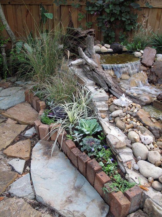 Bachlaufschalen Gartenteich Natürlich Selber Bauen Steine Sukkulenten Rand  Ziegel | Terrassenideen | Pinterest | Garten, Wasserspiel Garten Und  Wasserspiele