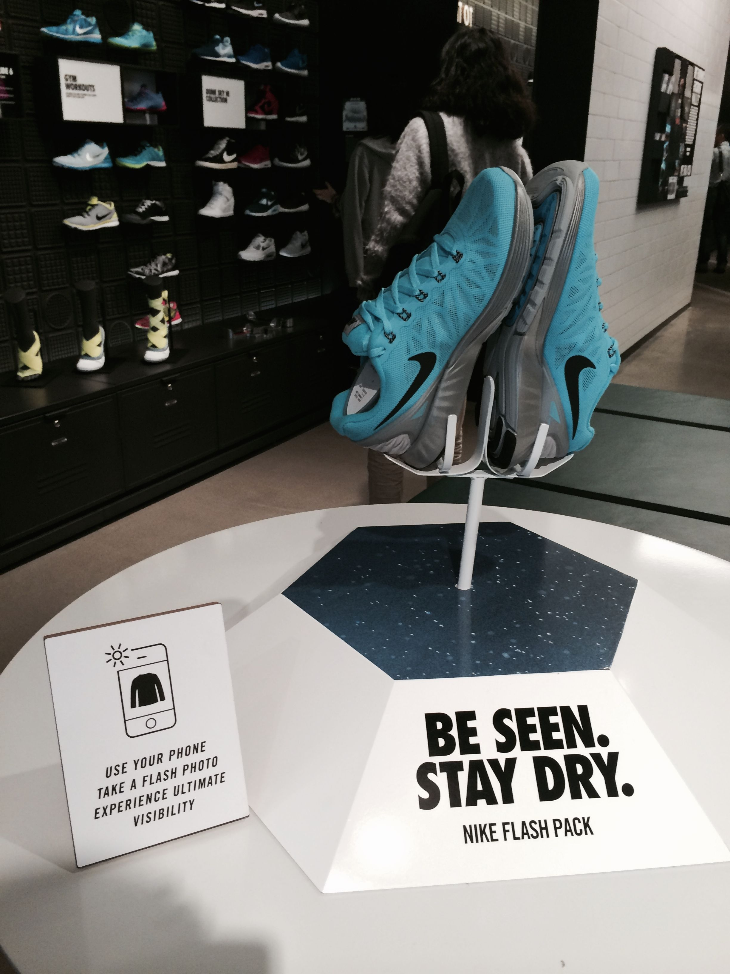 nike store / fashion valley, SD sculpture