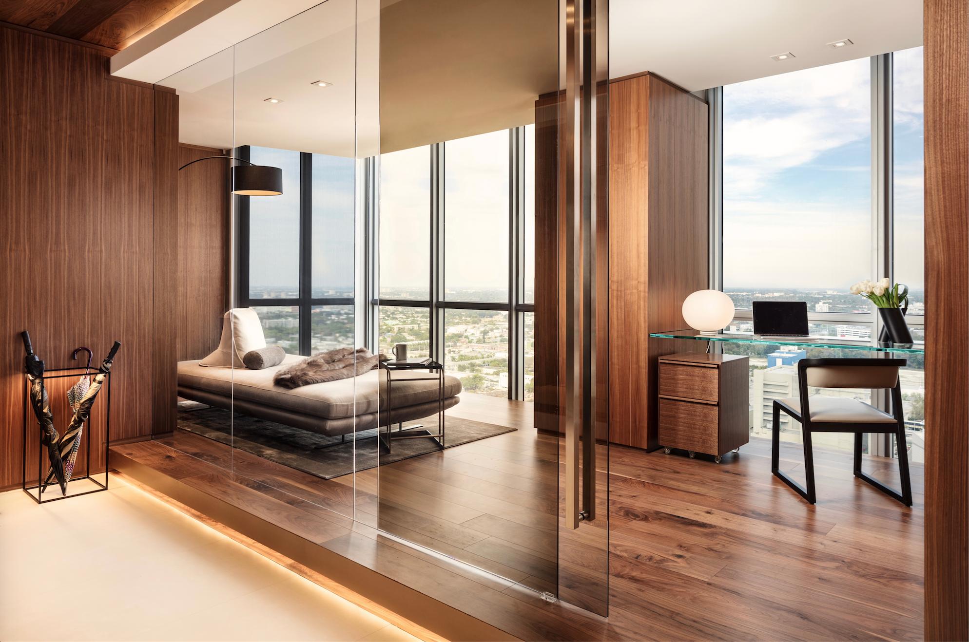 Miami apartment interior by Eric Arthur Dyer