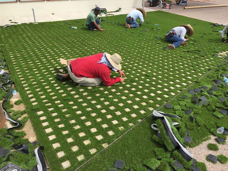 Backyard landscaping design using artificial grass free