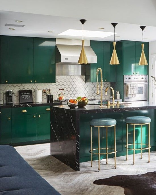 emerald green kitchen interior design in 2020 green kitchen cabinets kitchen interior on kitchen ideas emerald green id=15096