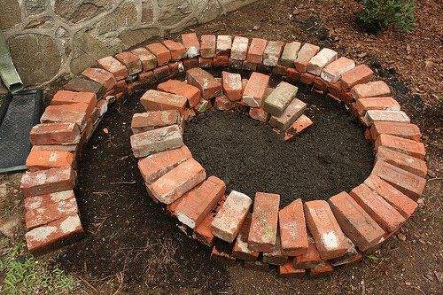 How to Build an Herb Spiral by theorganiclemon: The Herb Spiral is a popular and successful permaculture element, it provides a variety of positions (sun and shade) and levels of moisture (the top is dry and the base moist) for a variety of different herbs for your garden. Especially great for those of you who may not have a lot of yard space for an herb garden. Click through for a list of herbs and their growing preferences. #DIY #Garden #Herb_Spiral