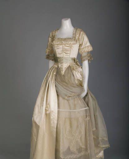 Wedding Gowns Chicago: 18th Century Inspired Wedding Dress, 1916, Chicago. Off
