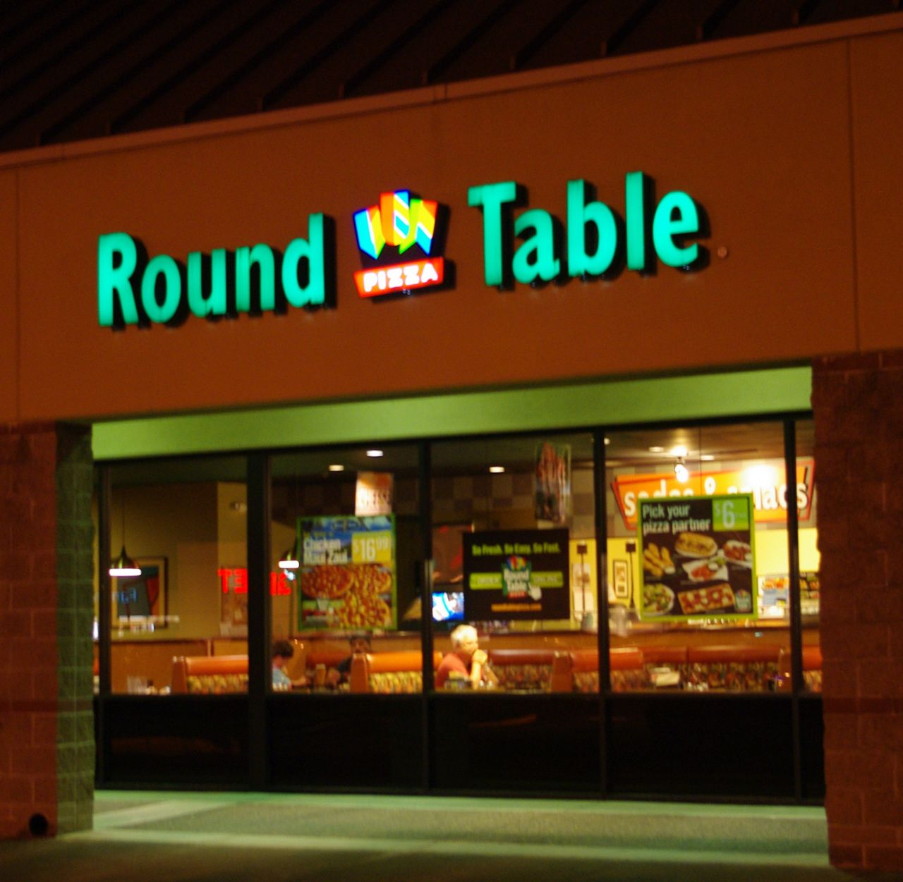 Table Pizza Lake Oswego Driving Directions To Round Table Pizza Lake Oswego  United States .