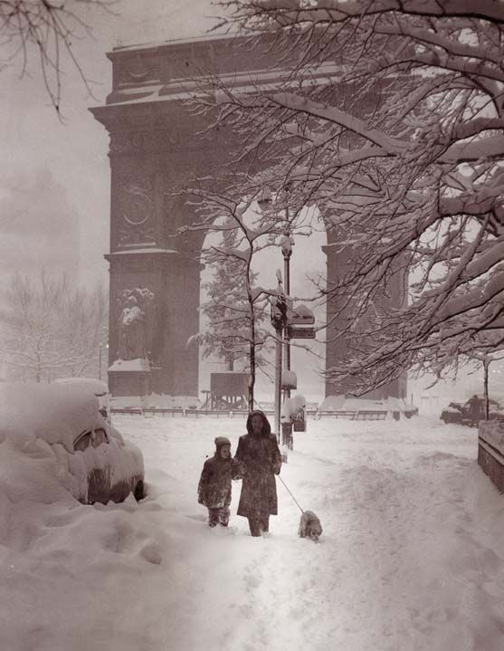 Washington Square arch in a snowstorm, New York Bound Collection, c. 1950, Greenwich Village Society for Historic Preservation Archive.