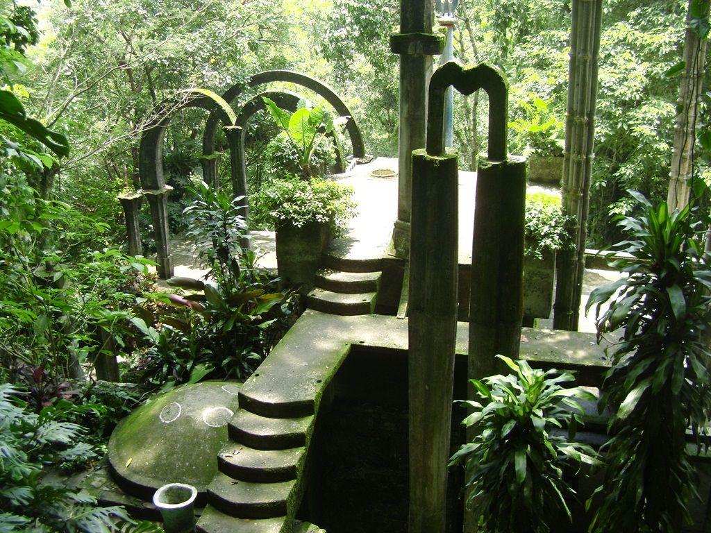 Risultati immagini per Great Gardens: Las Pozas