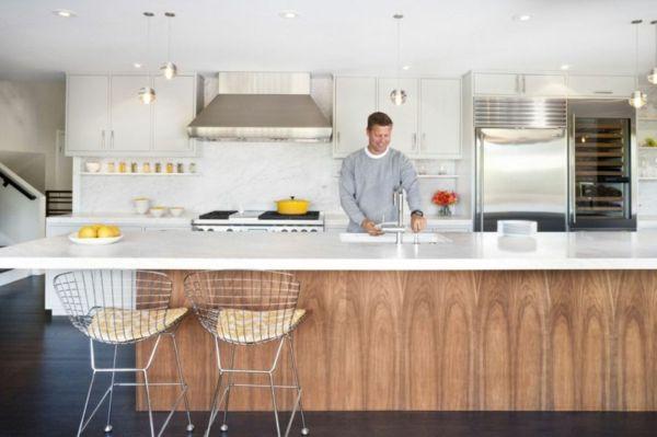 Luftiges Interieur Durch Küchenumbau Minimalistische Kücheninsel Aus Holz