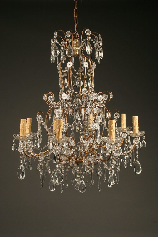 19th Century Italian Gilded Iron And Crystal Chandelier With 8
