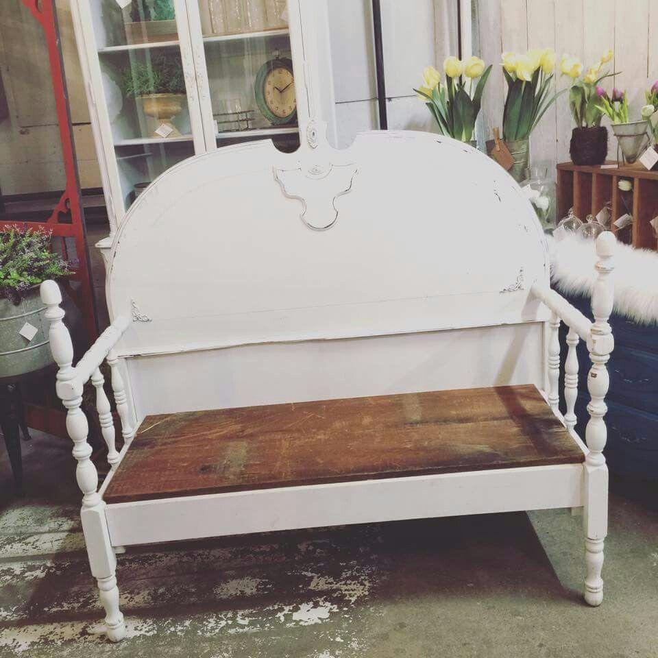 Farmhouse headboard bench