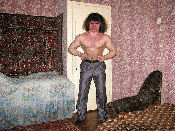 30 Insane Profile Pictures From Russian Dudes On Dating Sites