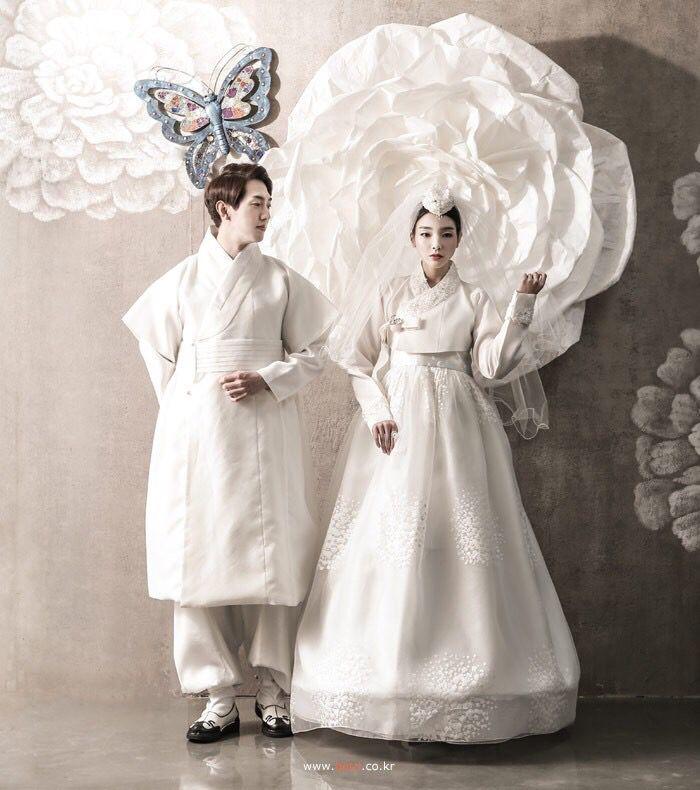 한복 Hanbok : Korean traditional clothes[dress]   #ModernHanbok ...