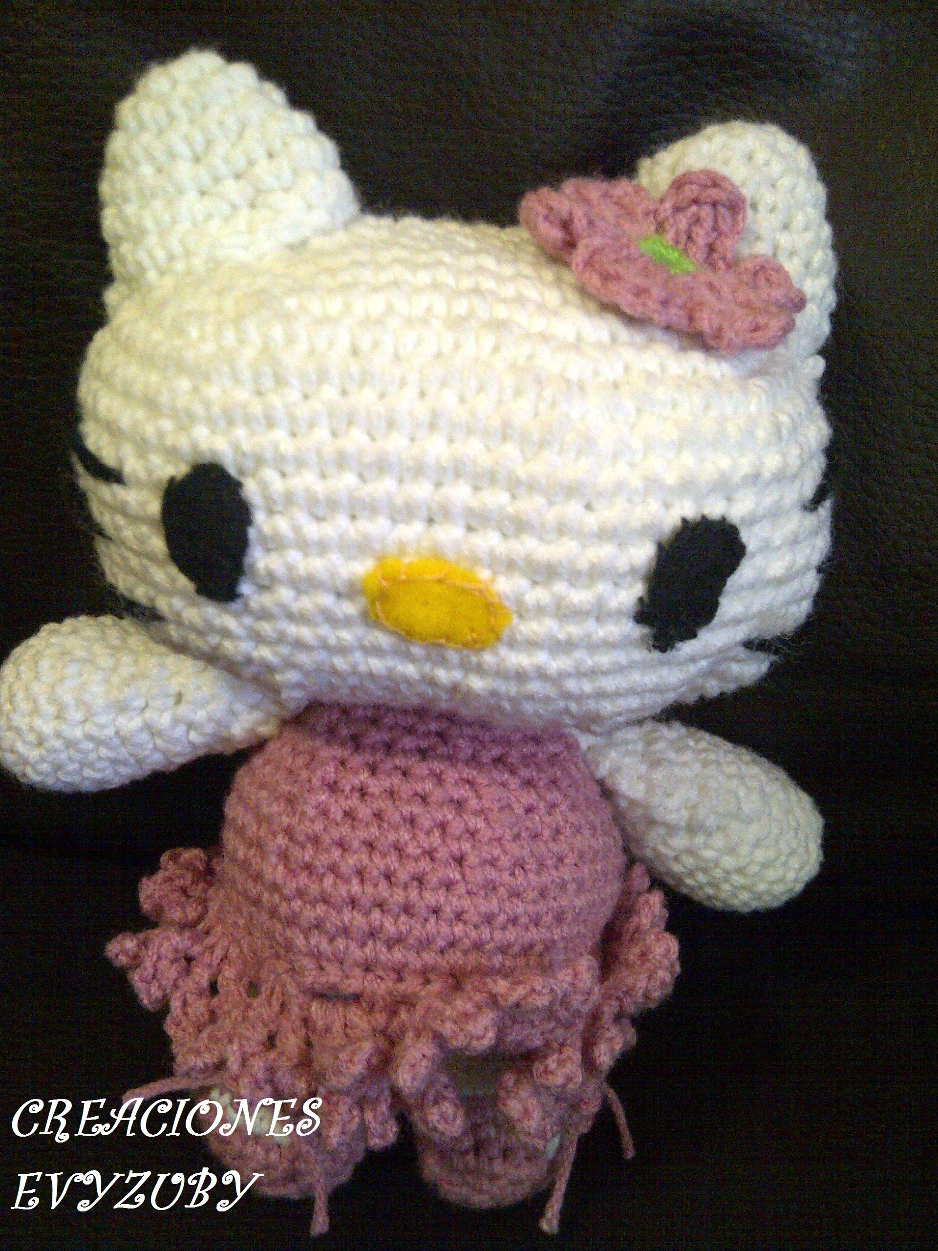 KITTY TEJIDA A CROCHET LINDA HE