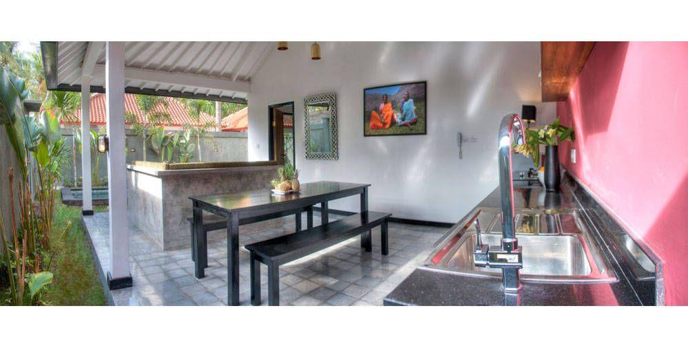 Gili Khumba Villas in Gili Trawangan, Nusa Tenggara Barat, Indonesia Available on Bedforest.com