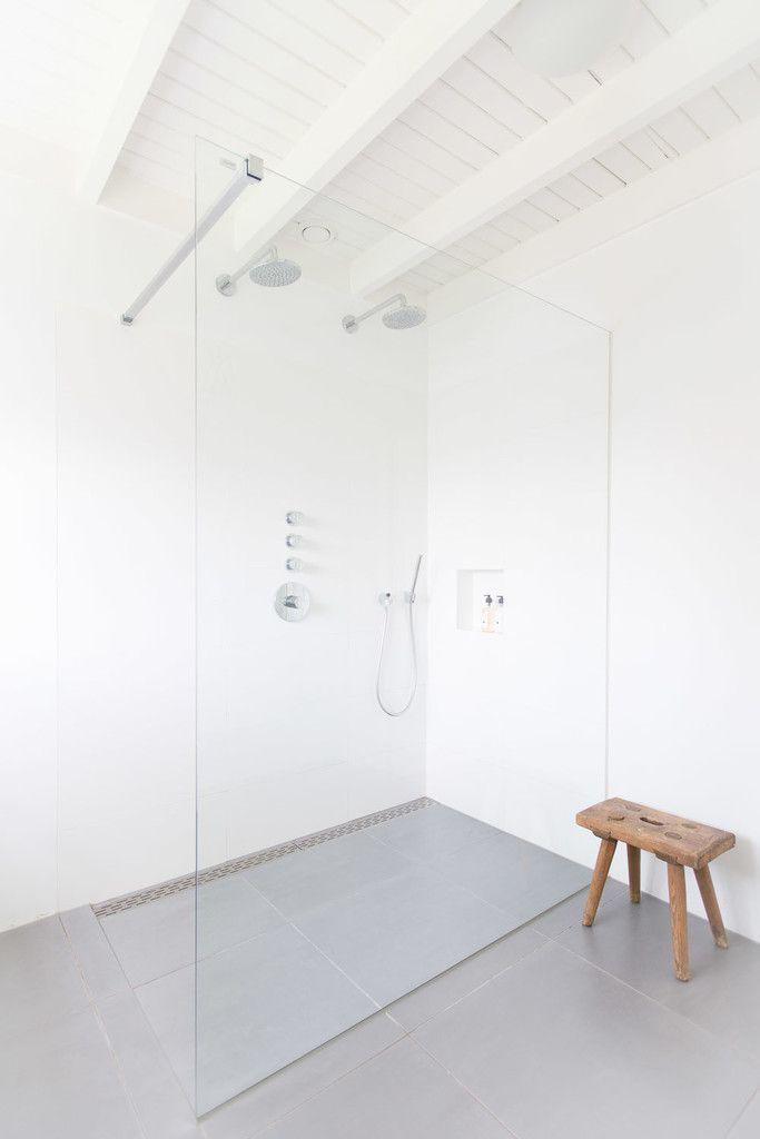 Woonhuis Laren : Moderne badkamers van ontwerpplek, interieurarchitectuur