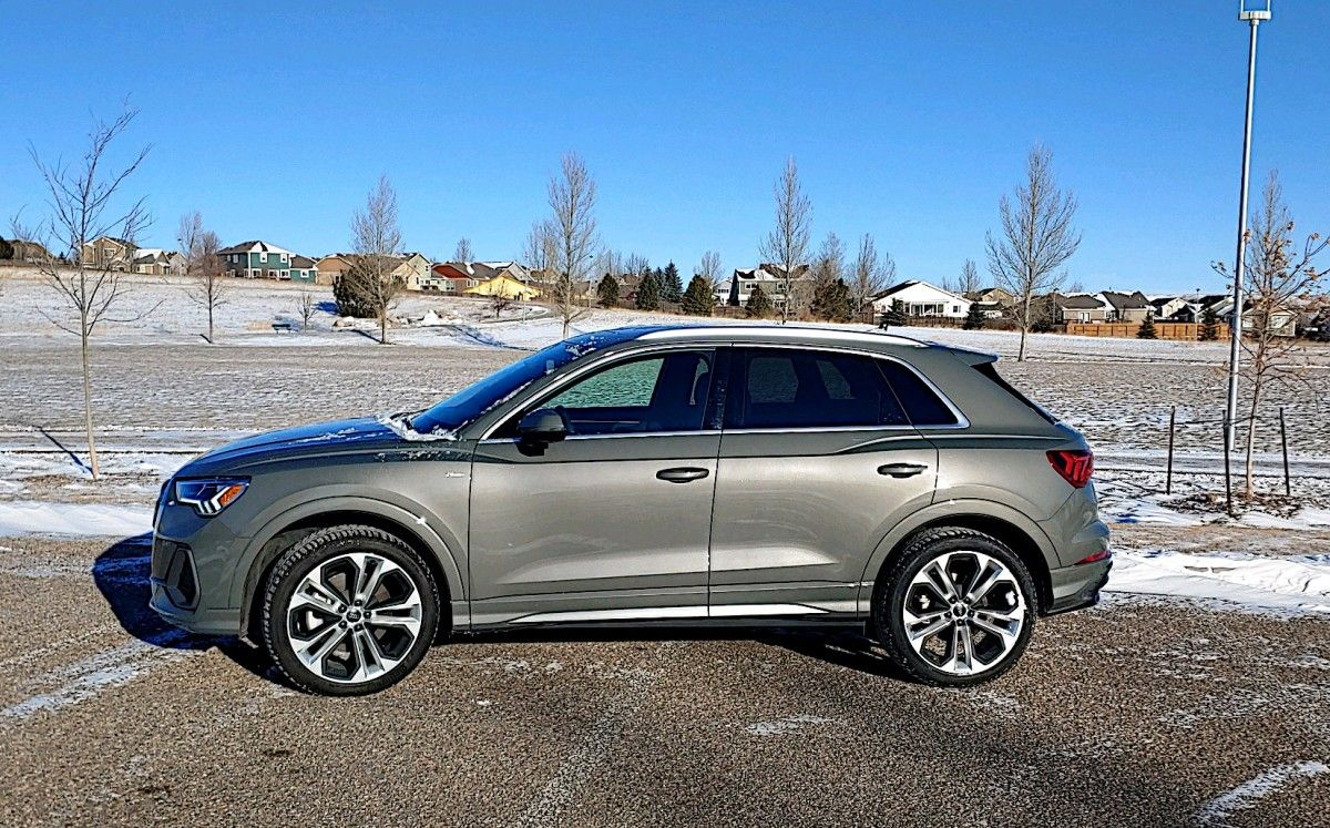 Pin By Roelle Konz On Wish List In 2020 Audi Q3 Compact Suv Sporty Suv