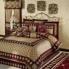 For A Roman Look, Use Red, Gold, And Shades Of Cream, Brown