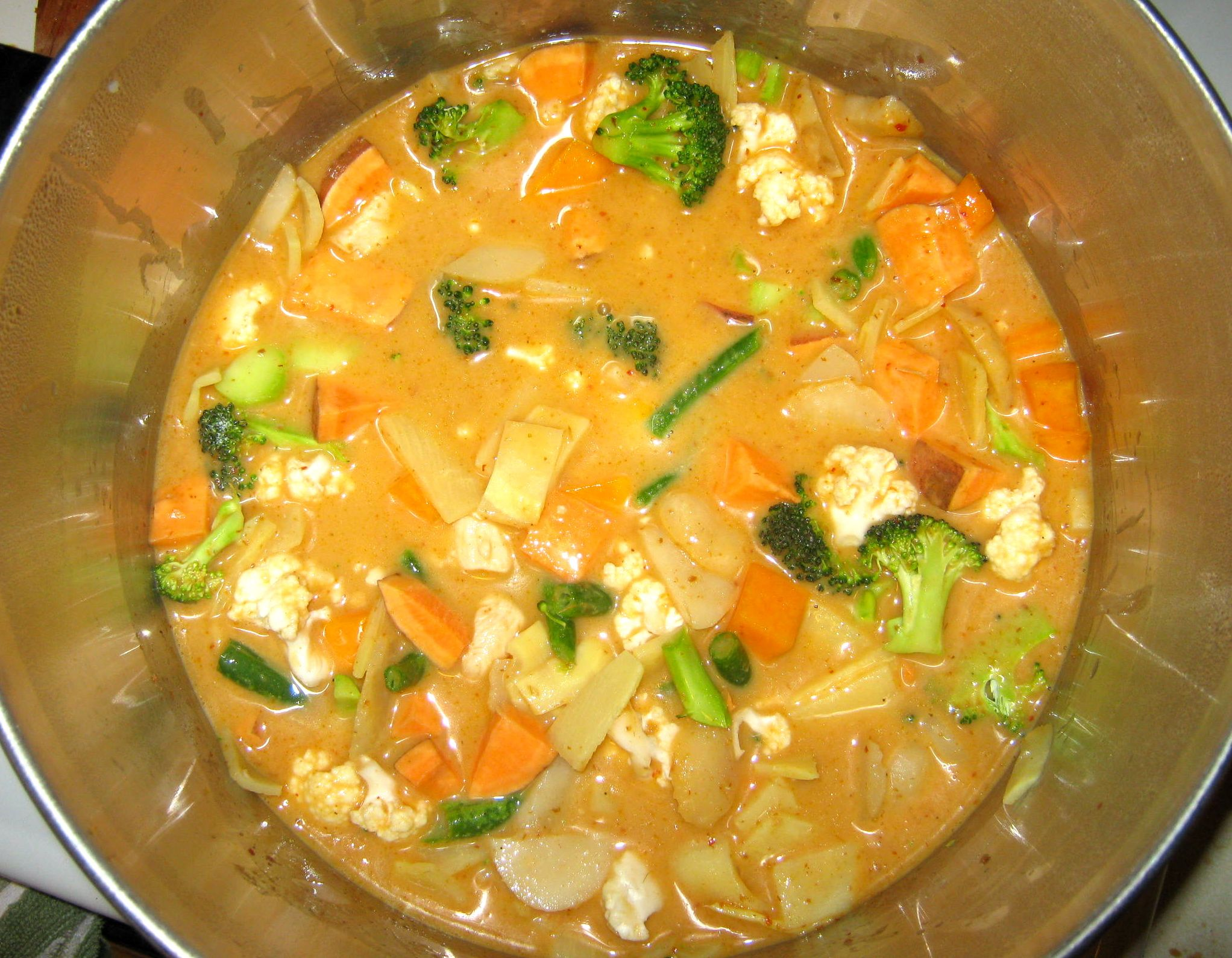 Appears to be an easy- Red Curry recipe