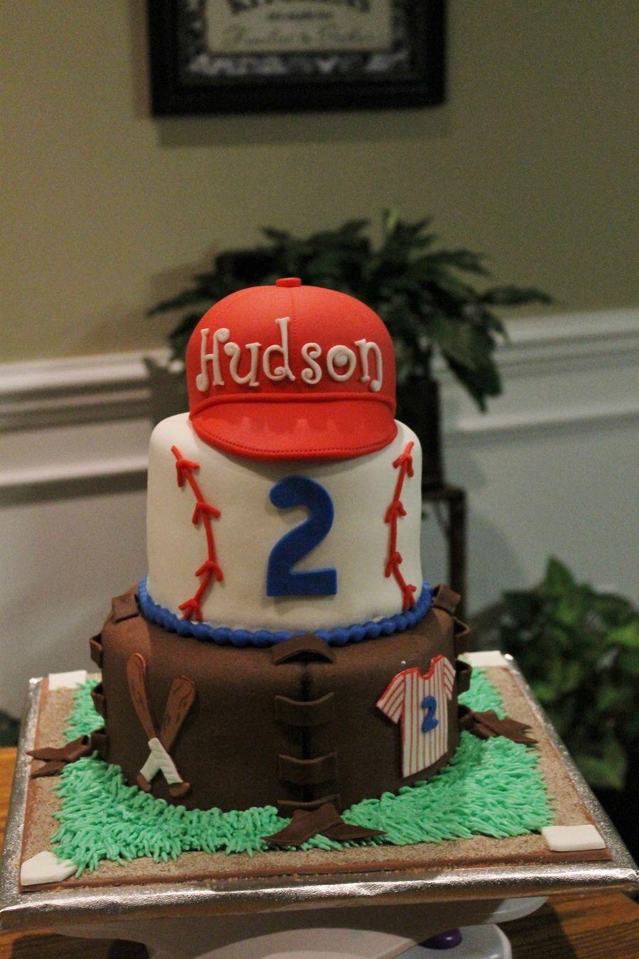 Stupendous Baseball Theme Baseball Birthday Cakes Baseball Theme Birthday Funny Birthday Cards Online Necthendildamsfinfo