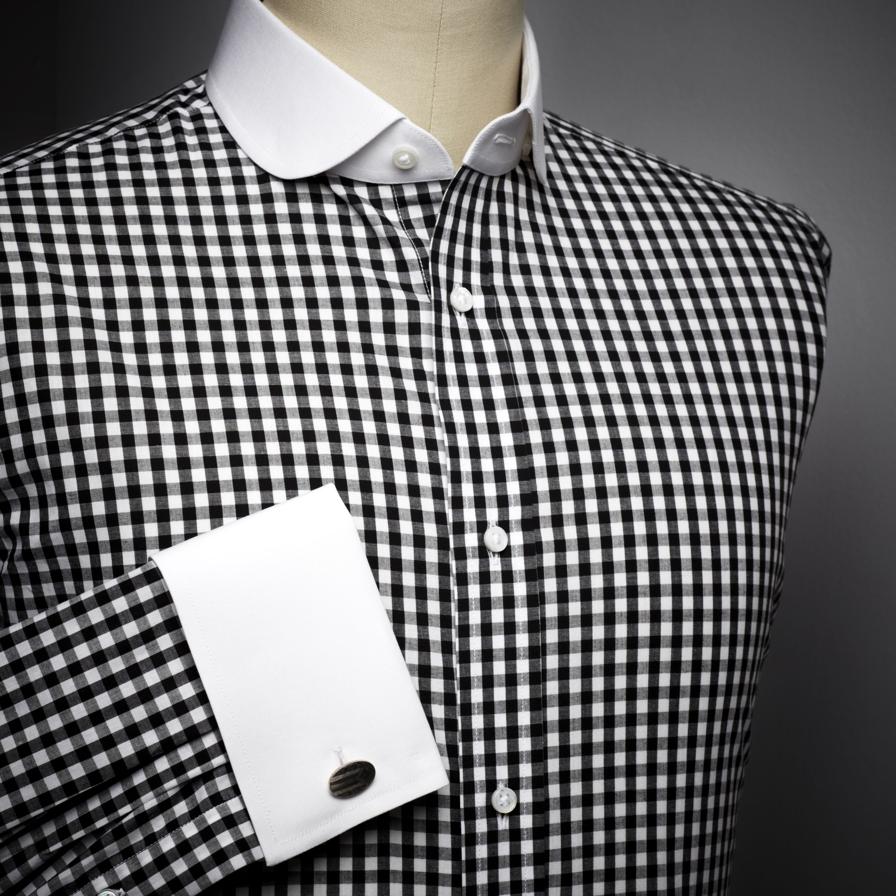 Alexander Nash Black & white gingham shirt with white club