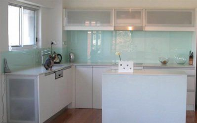 Kitchen Tiles Ideas For Splashbacks glass tiles for kitchen splashback | bedroom and living room image
