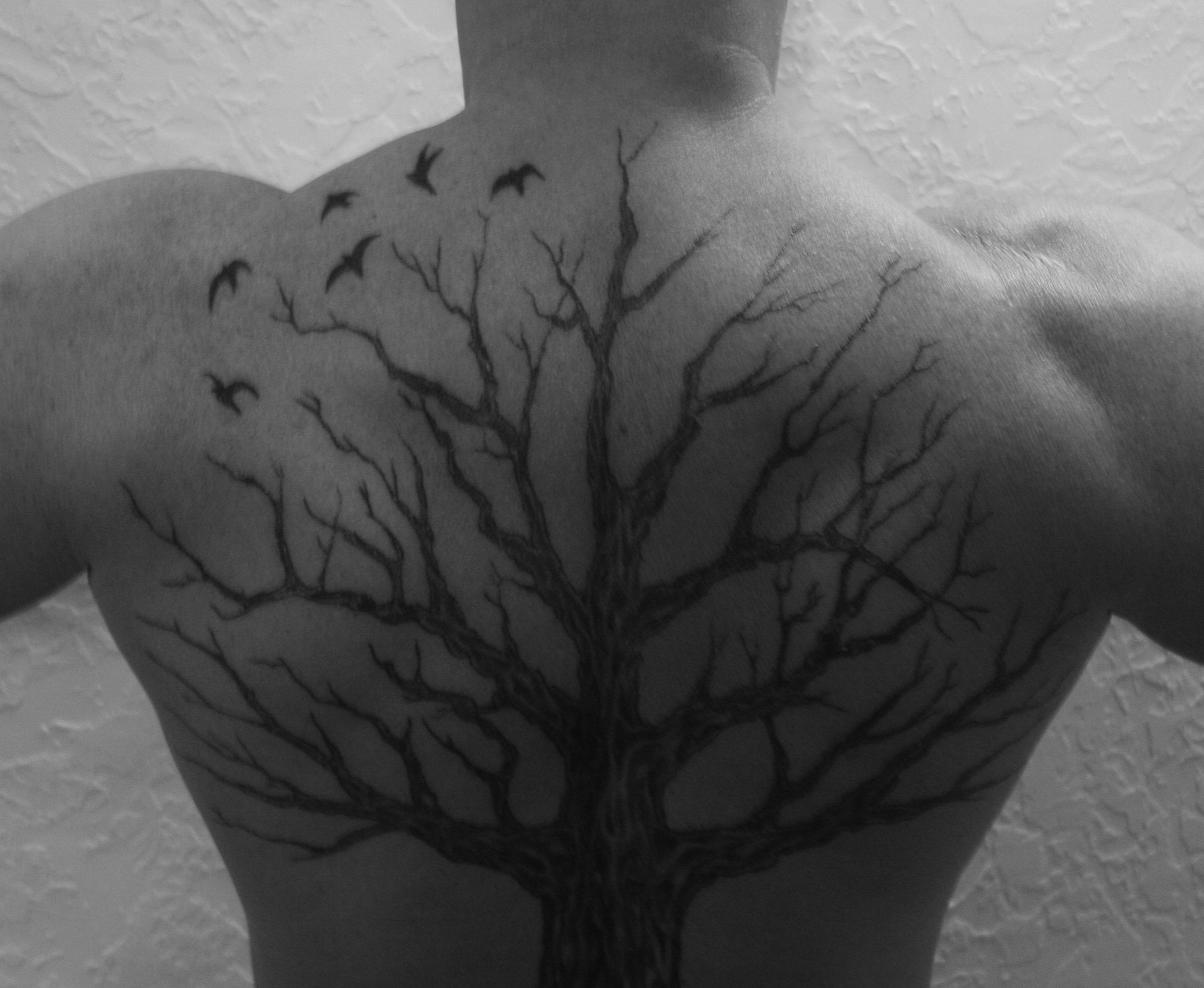 69 meaningful family tattoos designs mens craze - A Different Take On A Family Tree Each Bird Represents Lost Family Members