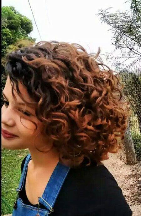 30 Neue Curly Bob Frisuren 2017 2018 Neue Besten Frisur In 2020 Curly Hair Styles Bob Haircut Curly Hair Styles