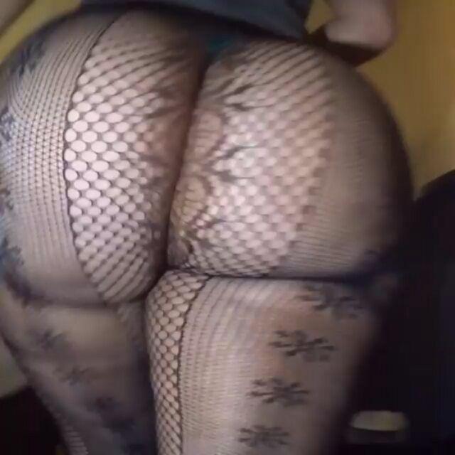 Bubble Butt Strip Tease