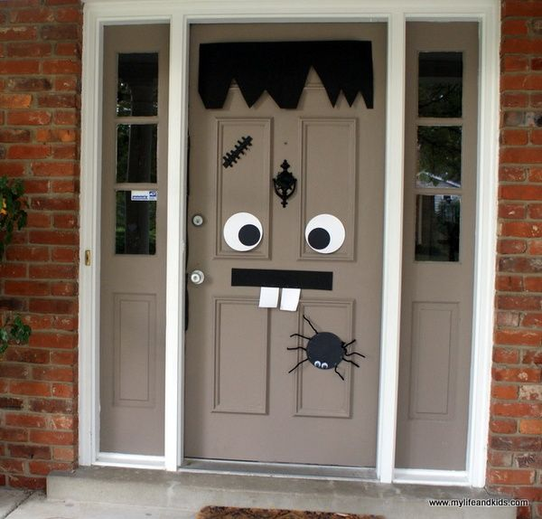 Hallowen Door and Horror Story - My Life and Kids Halloween - pinterest halloween door decor