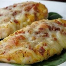 Easy Honey Mustard Mozzarella Chicken Recipe - crazy easy to make, and very moist and delicious!  I used bacon bits instead of bacon and it turned out fine.
