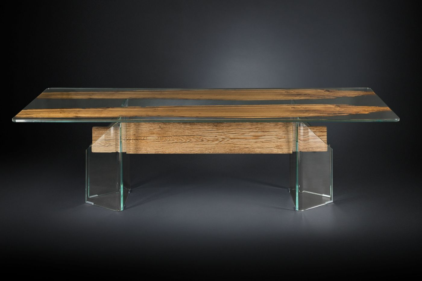 Nice mix of glass and wood for this TABLE VENEZIA #innovation #italia #design