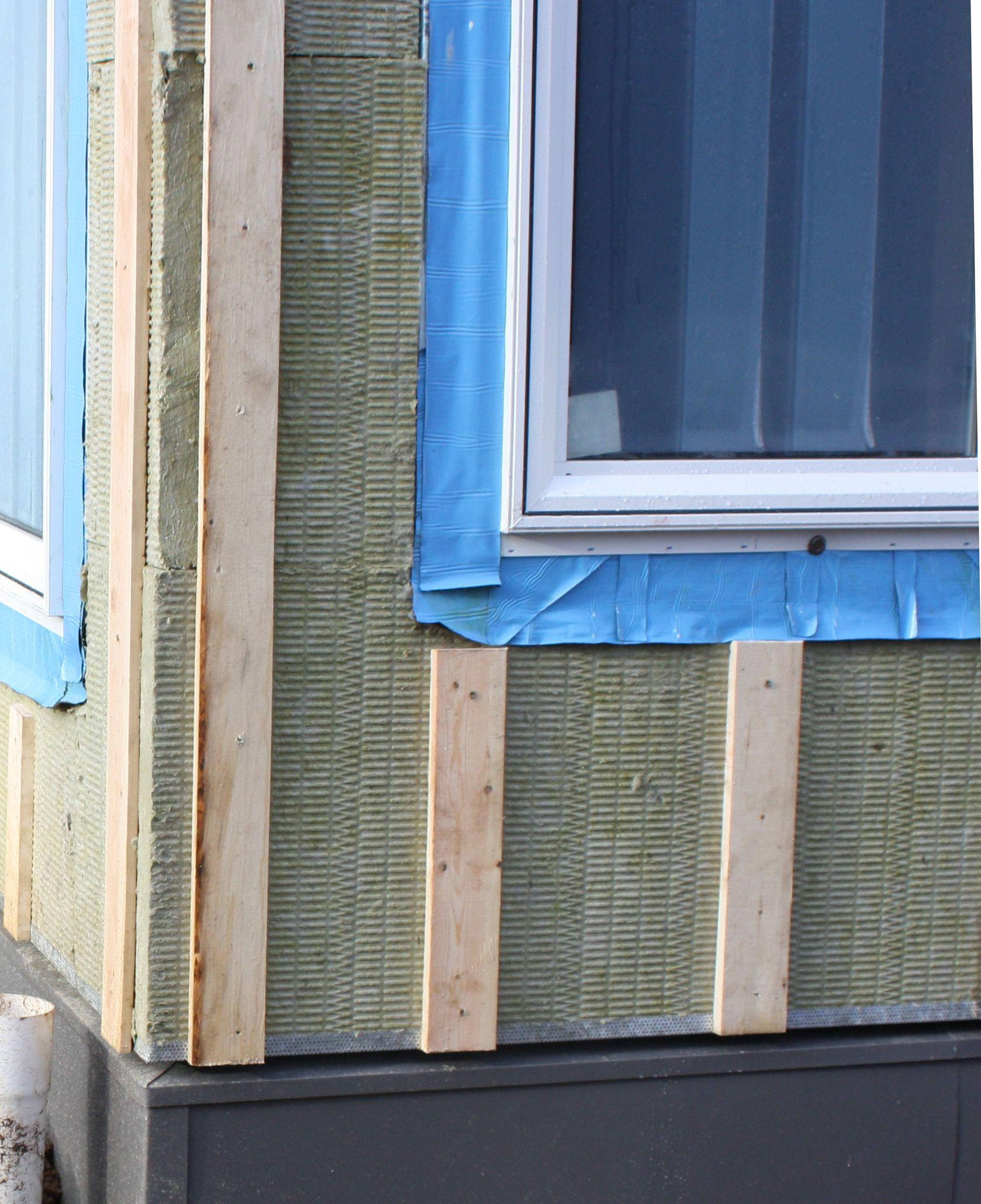 Installing Roxul Mineral Wool On Exterior Walls Exterior Insulation Exterior Wood Siding Panels Siding Prices