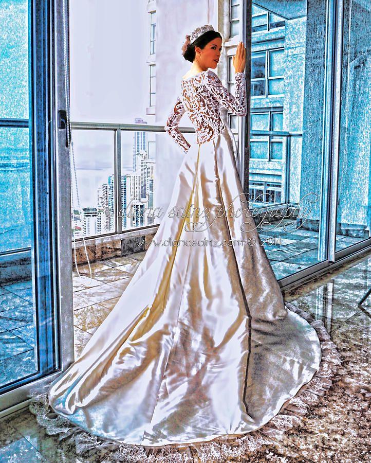 pilar sainz vestido de novia santo toribio o toribio photograph
