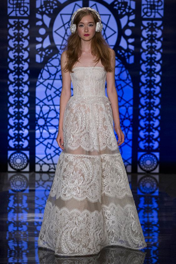 Reem Acra Bridal Fall 2016 Collection Photos - Vogue