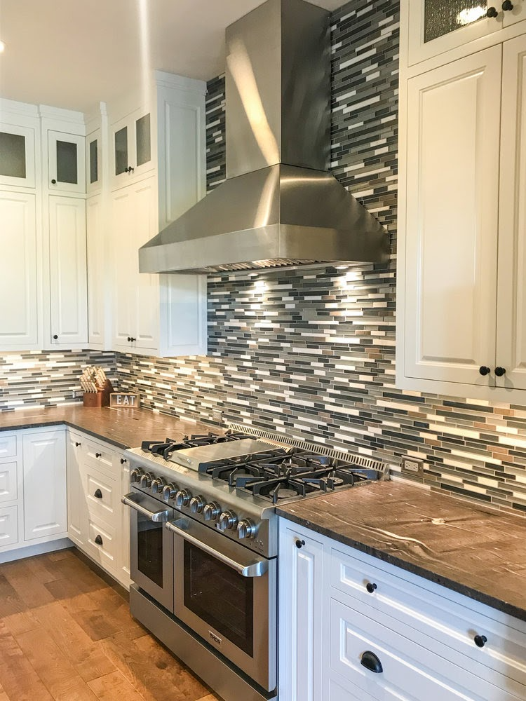 How Many Amps Does A Range Hood Draw In 2020 Range Hood Kitchen Design Electrical Fixtures