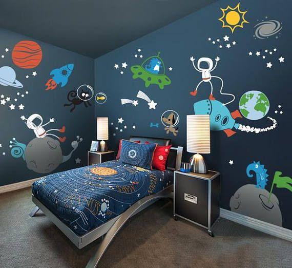 10 Cozy And Dreamy Bedroom With Galaxy Themes: Planetas Astronautas Extraterrestres Galaxia Etiqueta