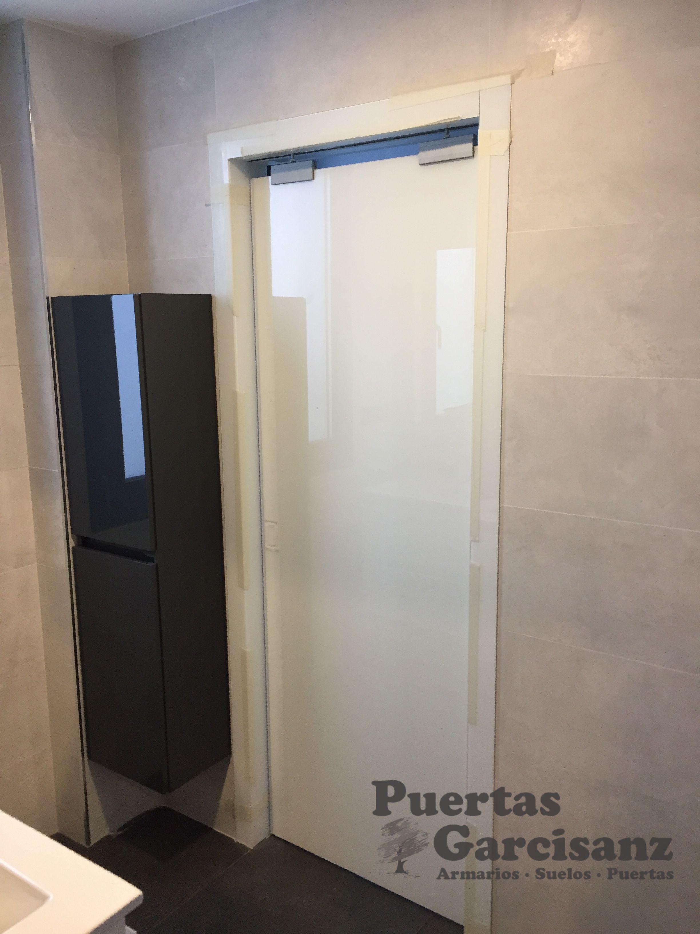 Instalaci n en valladolid de puerta corredera para ba o - Puerta corrediza para bano ...