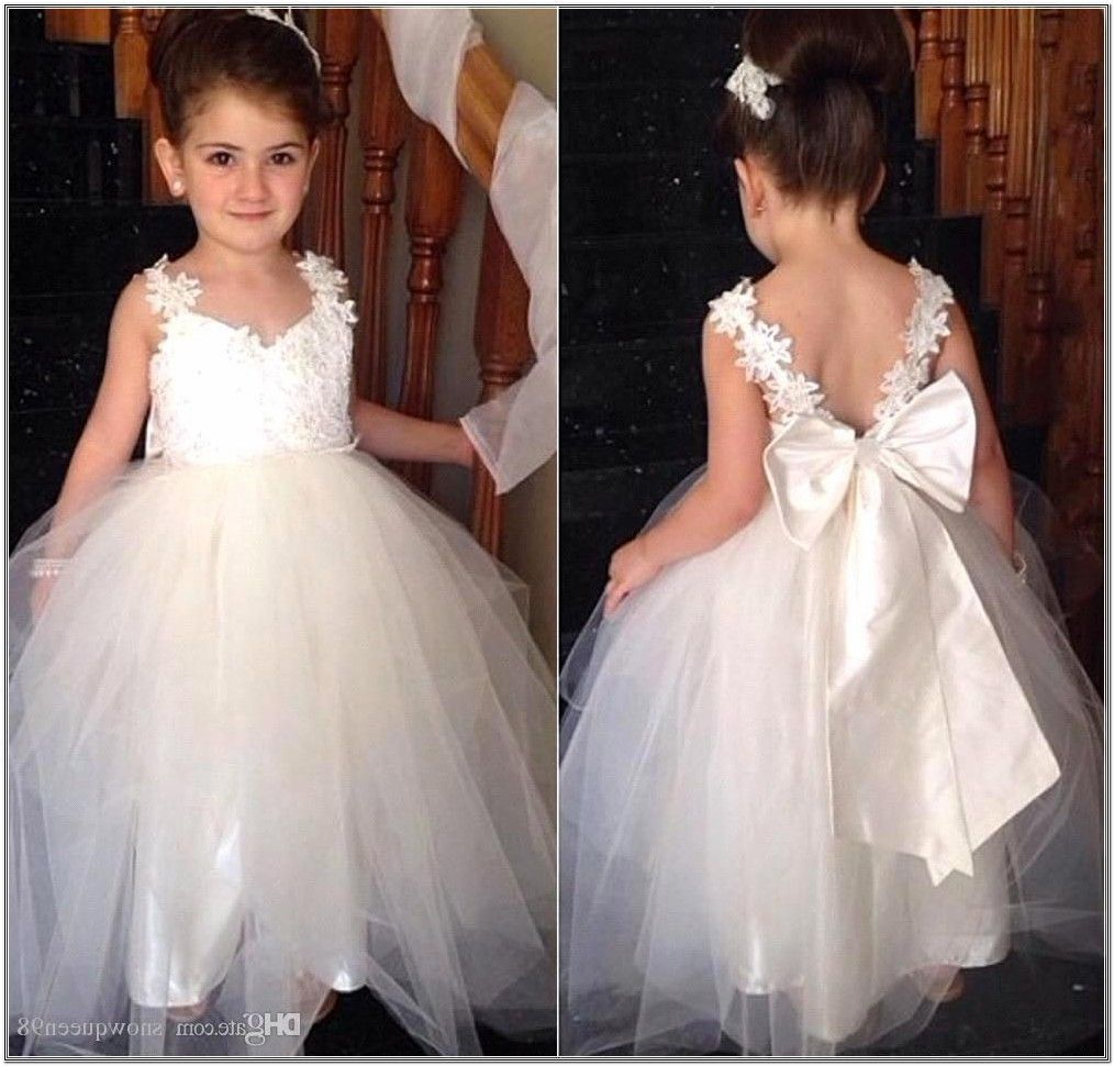 Fashionable wedding hairstyles for little bridesmaid cute