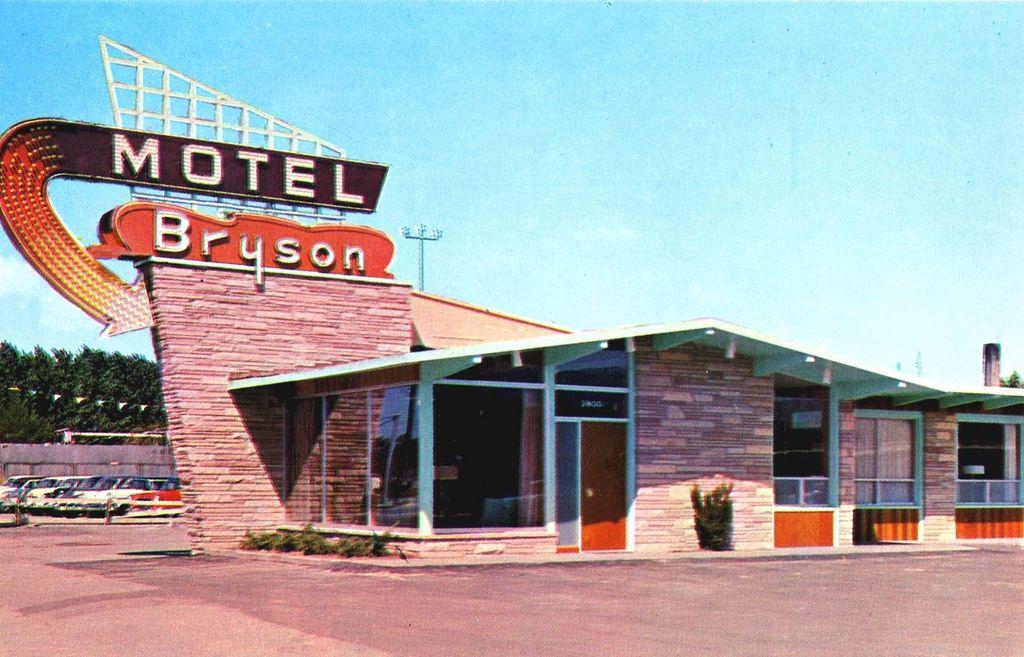 Bryson Motel Boise, Idaho in 2018 I d a h o m e