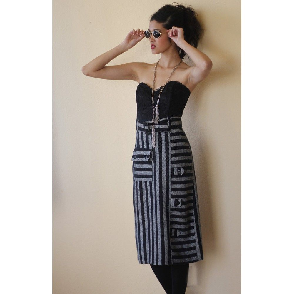 Fitted stripes tweed skirt
