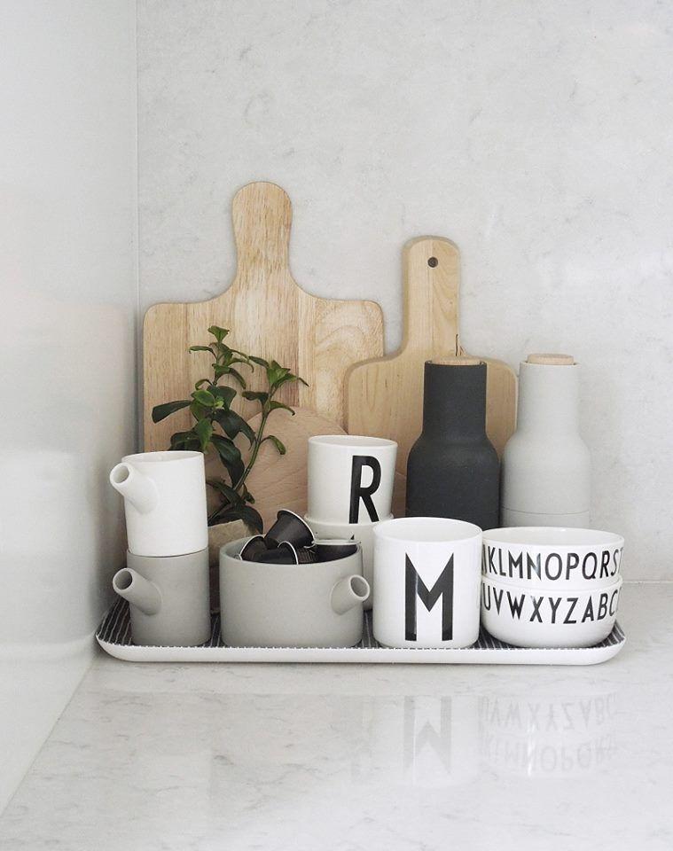 Design Letters Arne Jacobson Cups | Küche, Zimmer küche und Ideen ...