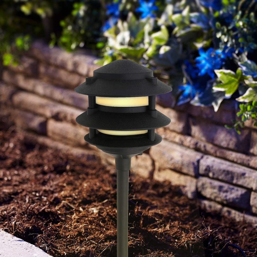 Lumina Landscape Lighting Cast Aluminum Included In 2020 Area Lighting Landscape Lighting Outdoor Path