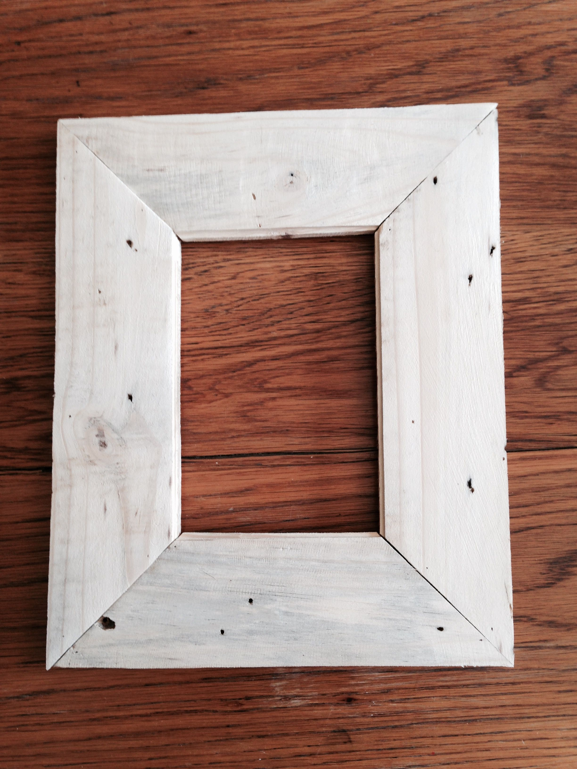 Picture frame with pallet wood | DIY | Pinterest | Pallet wood ...