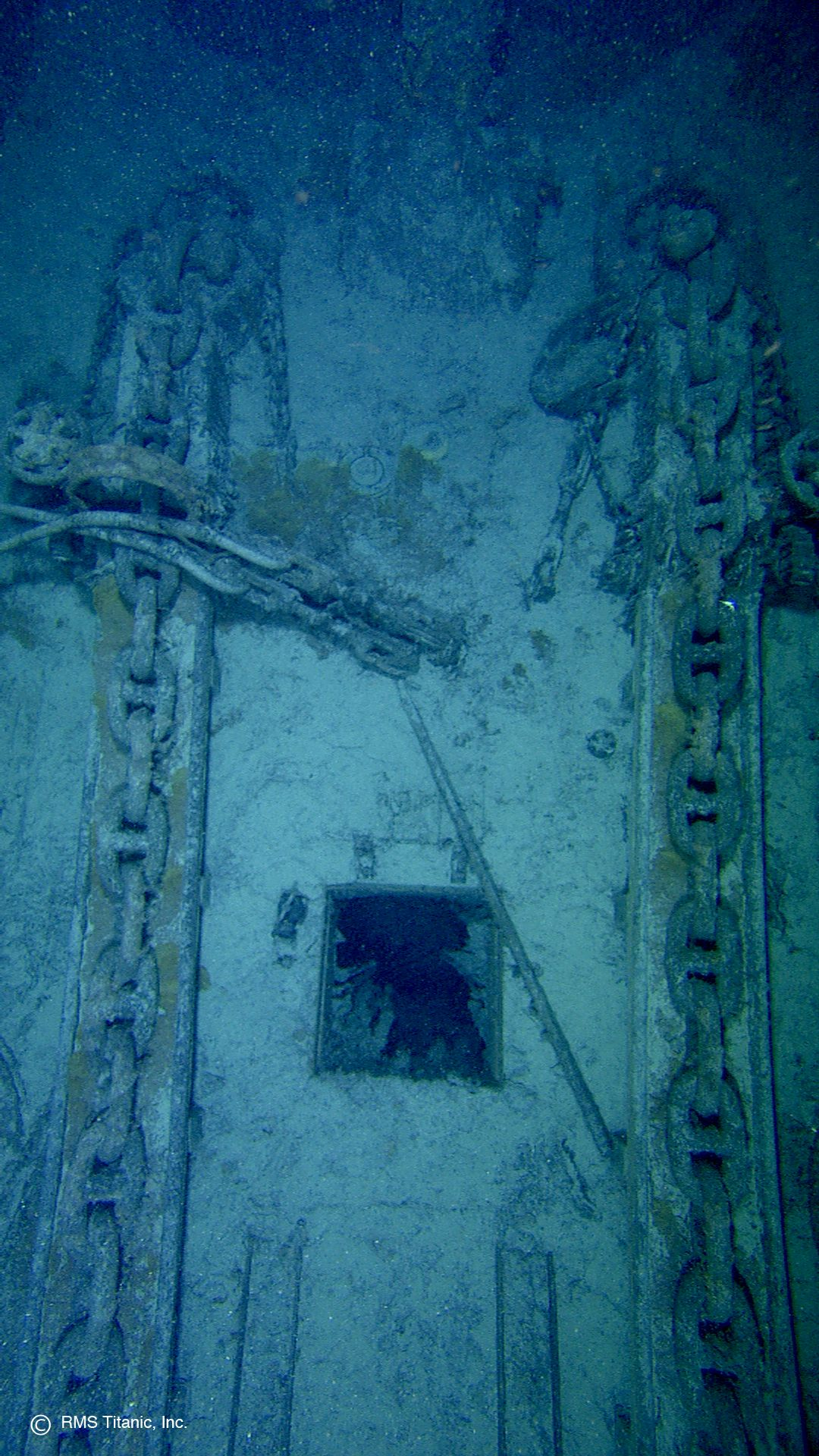 As shown in this photograph, Titanic\'s bow anchor chains are lying ...
