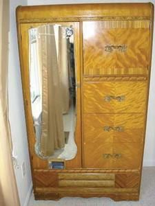 1940s Art Deco Waterfall 3 Pc Bedroom Furniture Tedslist Com Deco Furniture Waterfall Furniture Art Deco Furniture