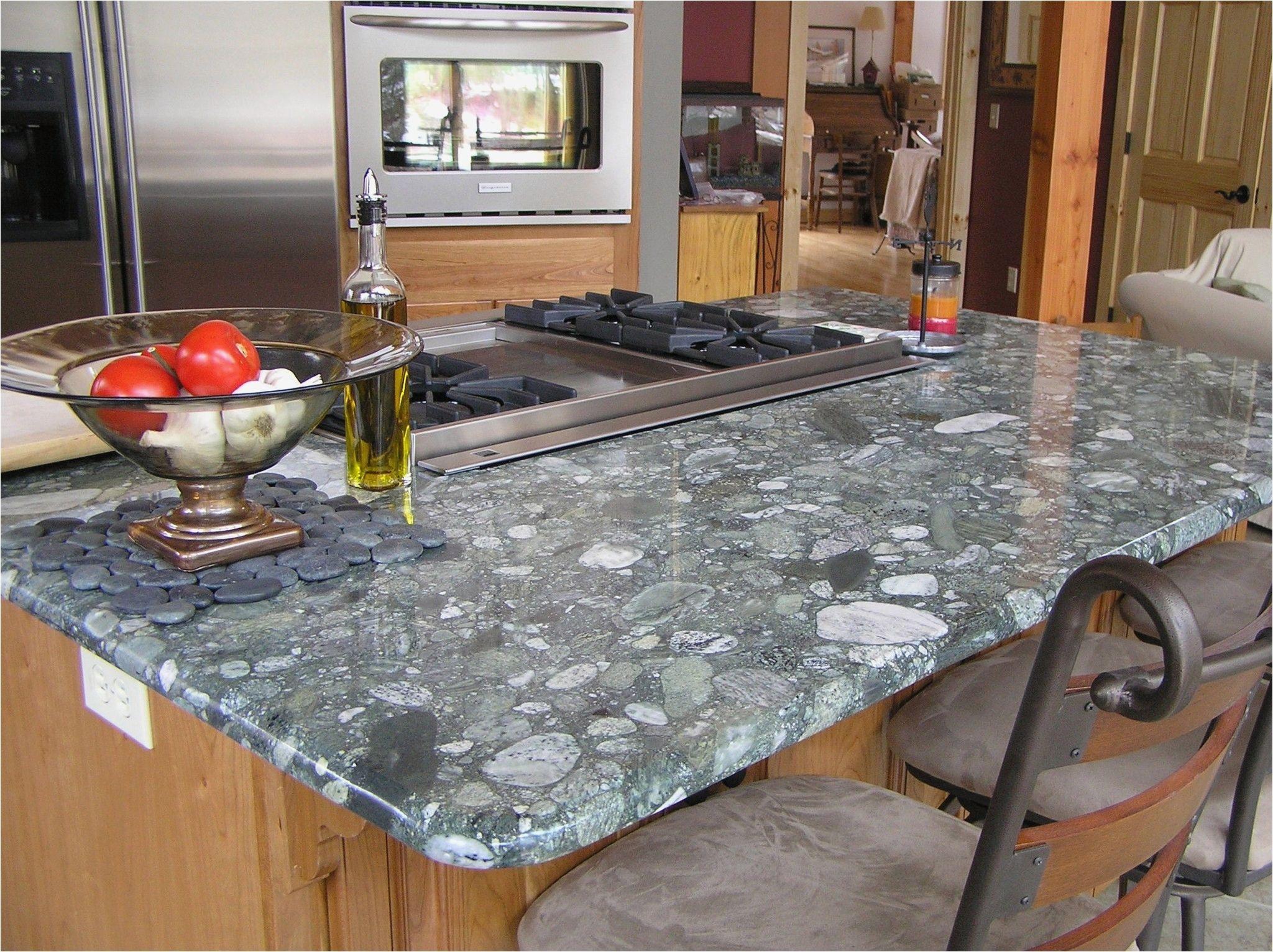 Einzigartige Kuche Arbeitsplatten Wenn Sie Haben Kuche Die Stuhle Die Fuhlen Veral Kitchen Countertops Granite Colors Grey Granite Countertops Countertops